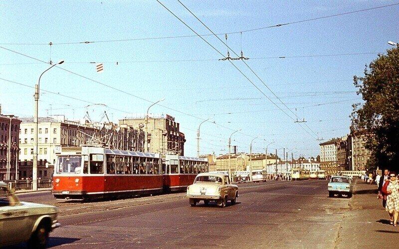 Прогулка по Ленинграду 1975 года