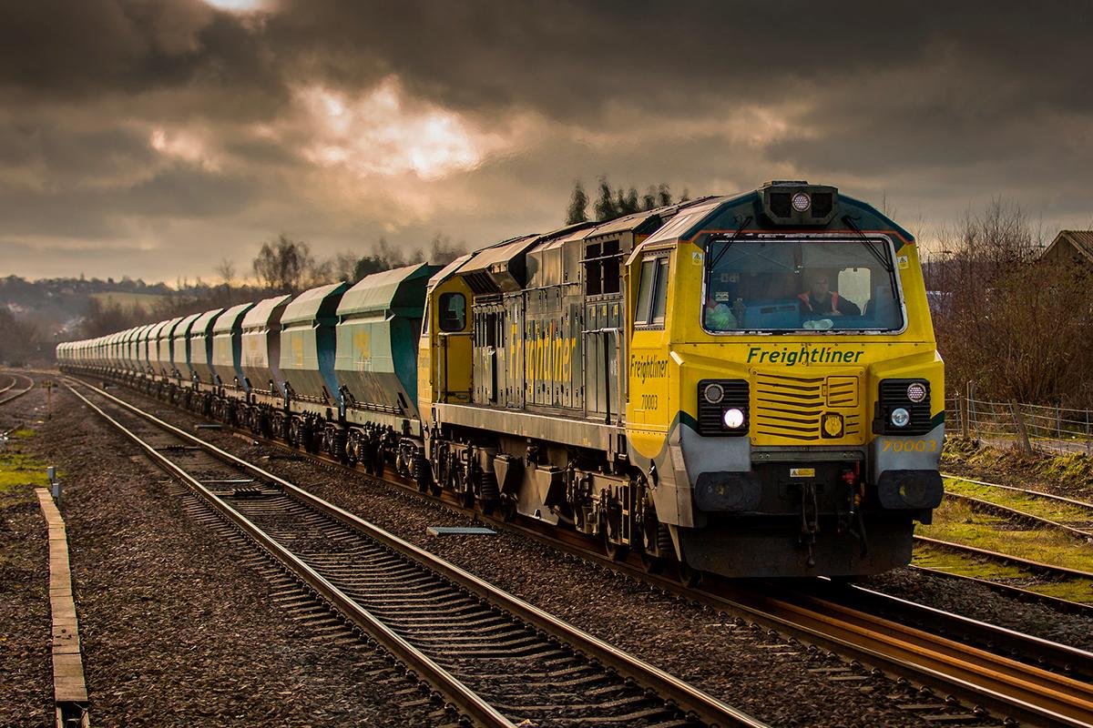 Почему в Европе не стучат колеса поездов?