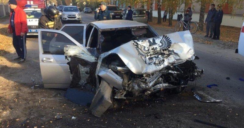 Авария дня. Лобовое столкновение «Десятки» с «Туарегом» в Мордовии