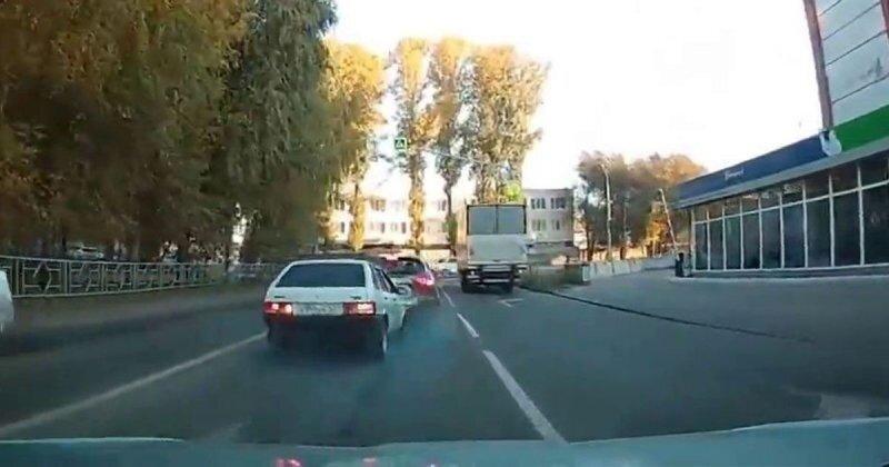 В Тольятти мамкин гонщик переоценил свои способности и попал в ДТП