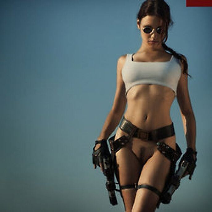 Hot Tomb Raider Cosplay