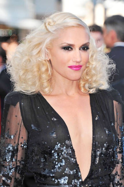 Gwen Stefani is Still Hot!