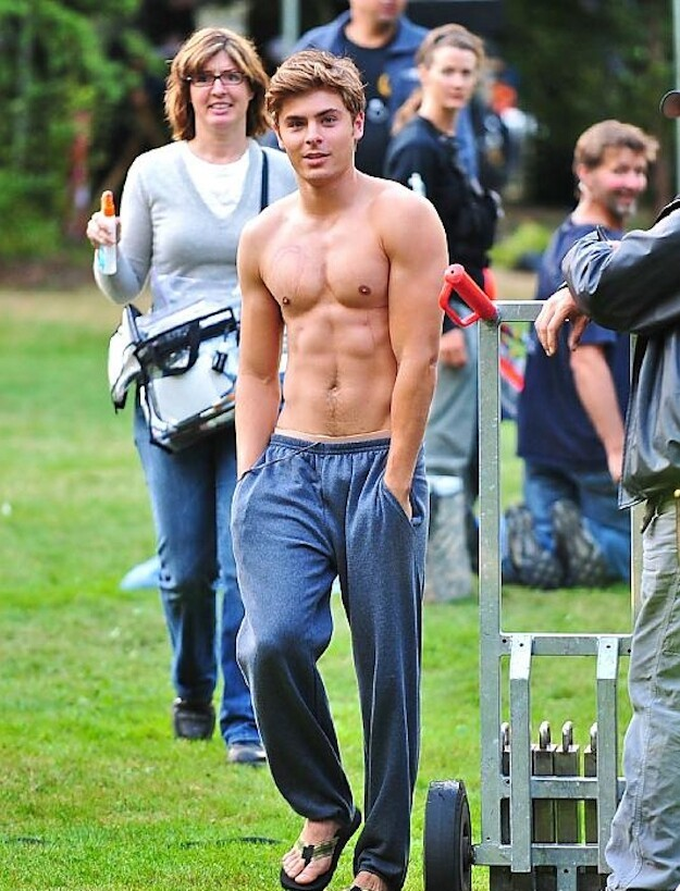 The Absolute Best Pictures Of Zac Efron On The Internet
