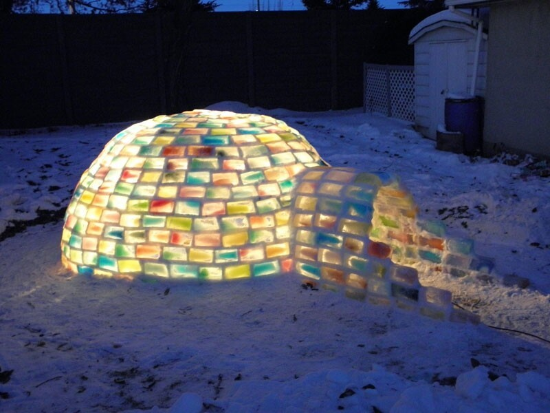 How To Make a Rainbow-Coloured Igloo Using Milk Cartons
