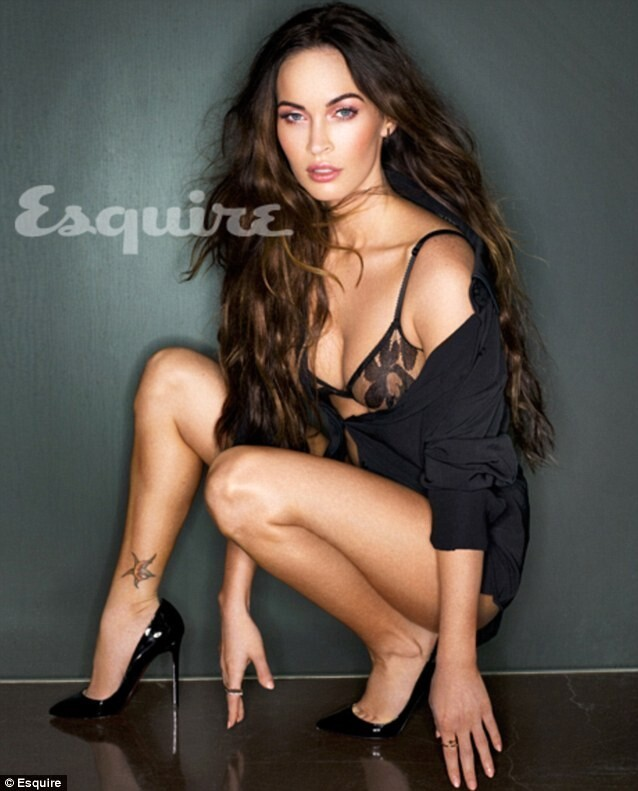 Megan Fox Struts Her Bangin' Post-Baby Bod!