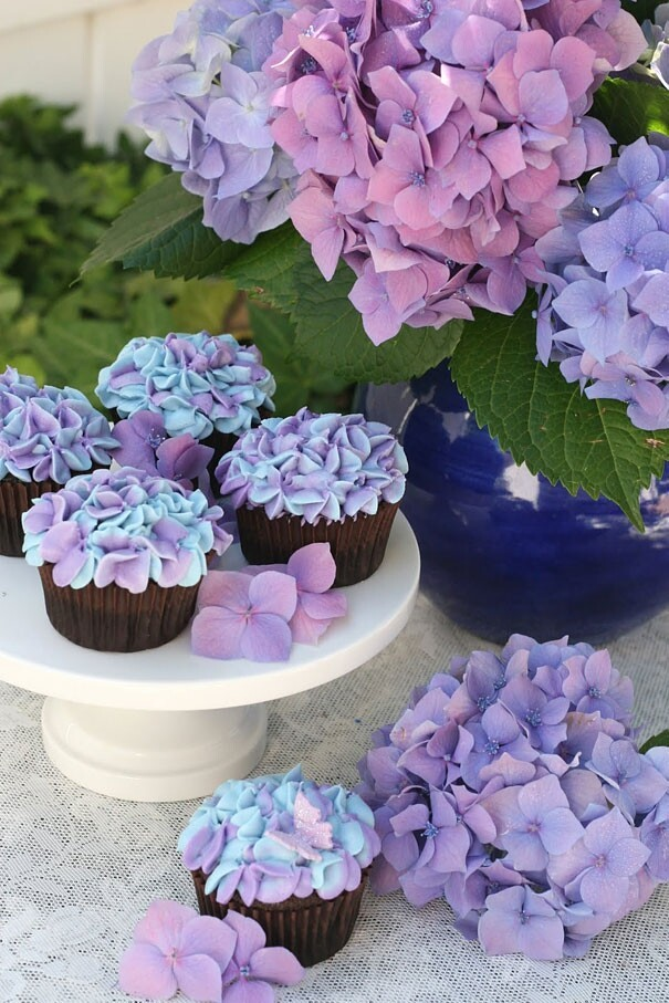 Awesome Cupcake Decorating Ideas