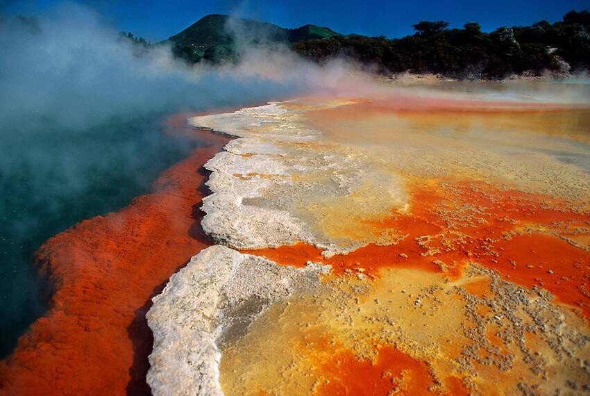 New Zeland's Amazing Champagne Pool