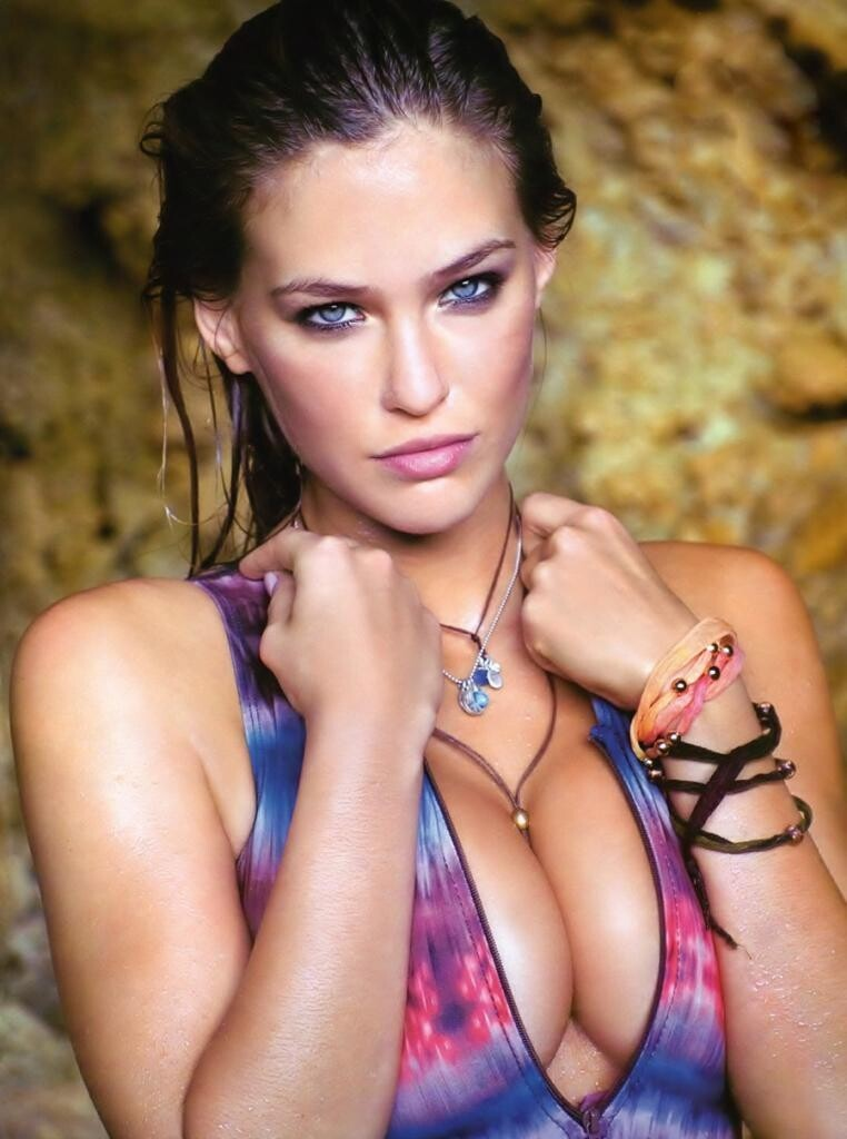 Bar Rafaeli's Dating Life Examined