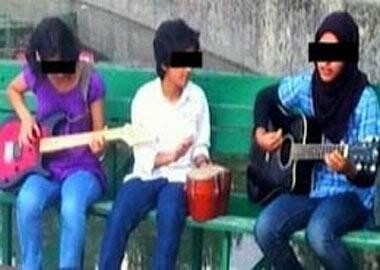 "All-girls Indian Band Breaks Up After Accused of ""Provoking Rape"""