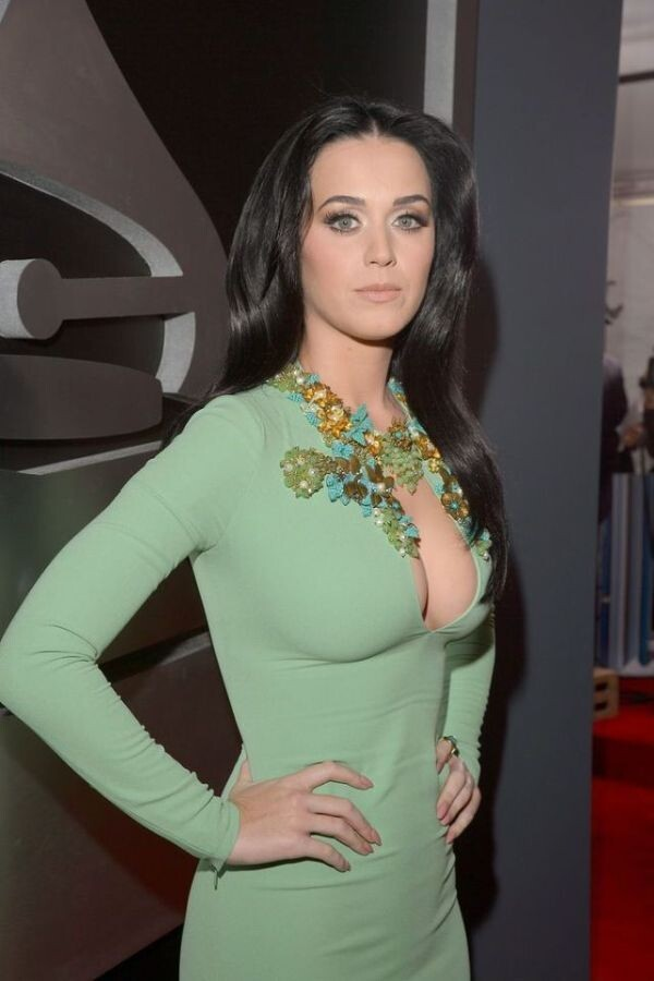 Katy Perry's Awesome Cleavage