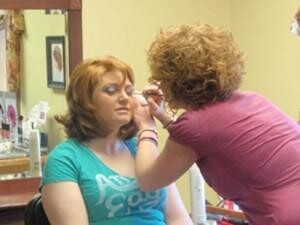 Military Wives Get Free Makeovers for Valentines Day!
