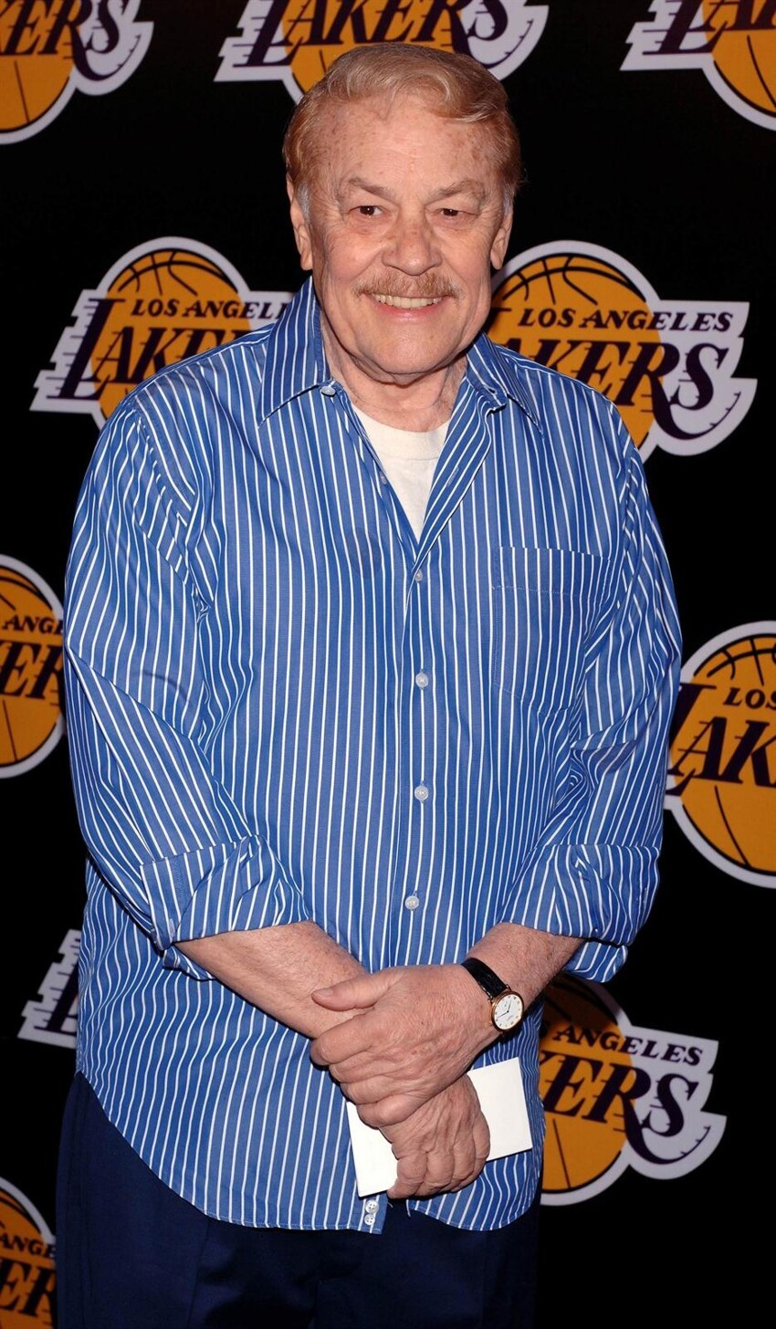 Lakers Owner Jerry Buss Passes Away