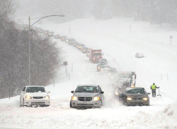 Raging Snow Storm Slams the Midwest States