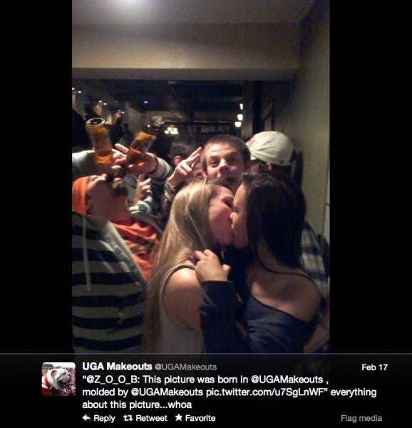 The Best of Twitter's College Make-Outs Pics