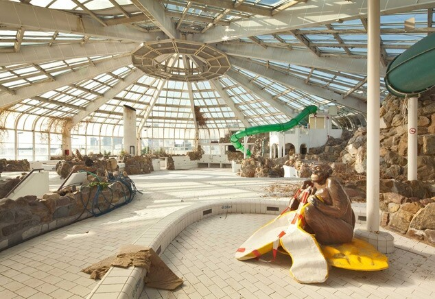 Tropicana: An Abandoned Tropical Indoor Swimming Pool