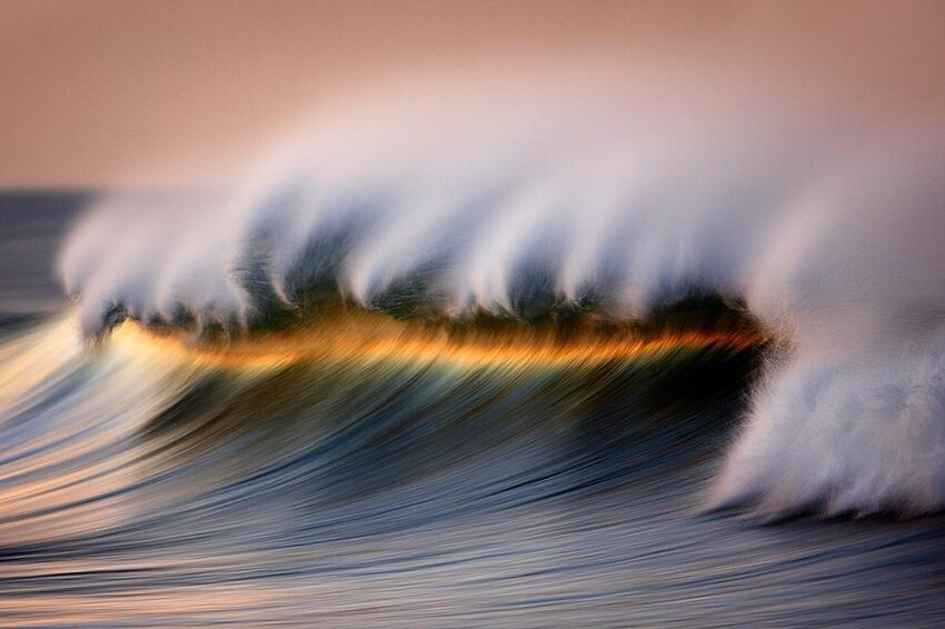 Beautiful Crashing Waves By David Orias