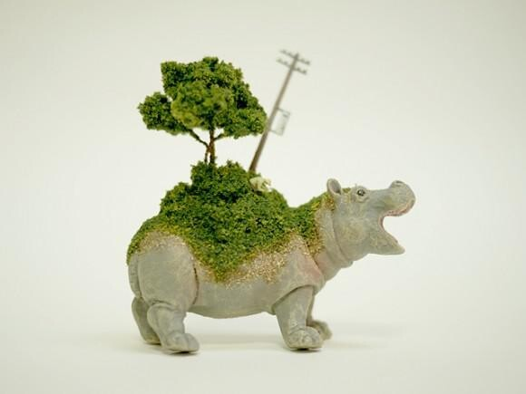 Animals With Miniature Worlds