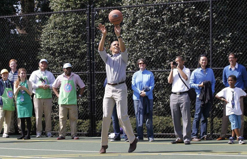 President Barack Obama playing basketball on Easter day