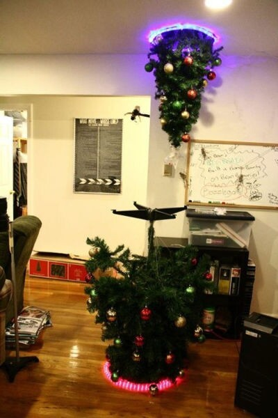 Awesome Portal Christmas Tree