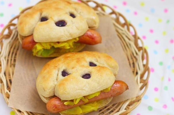 "5. Hot ""Dogs"""