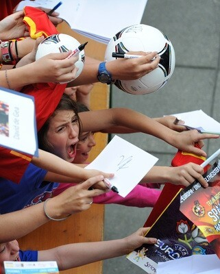 Spanish Autograph Session
