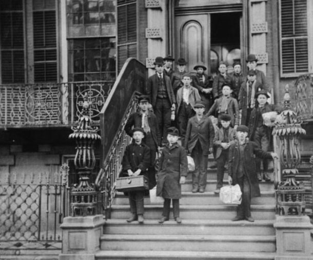 Vintage Photographs Of Life In 19th Century New York City