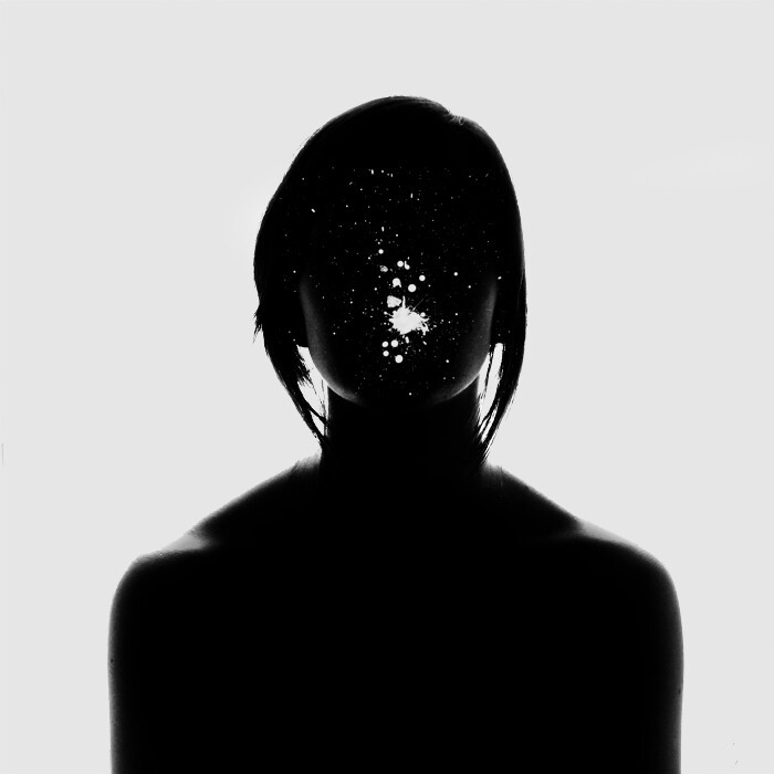Emotionally Charged Portraits of Faceless Shadows