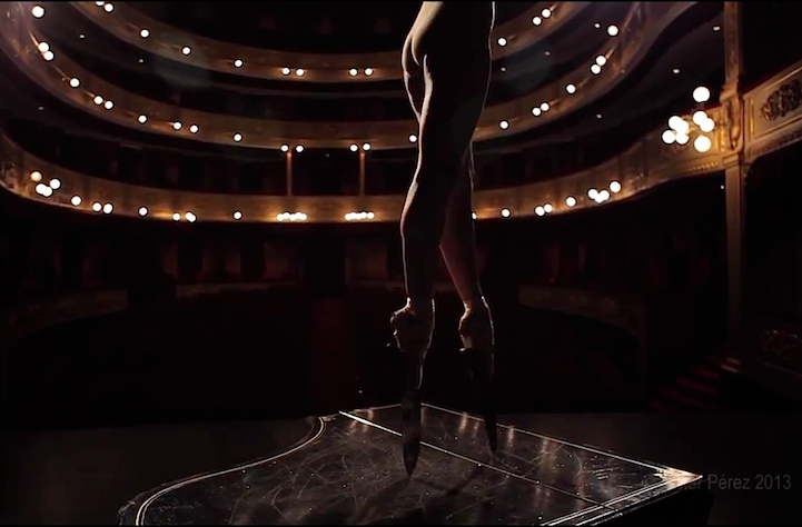 Incredible Ballerina Performs En Pointe with Knife Shoes