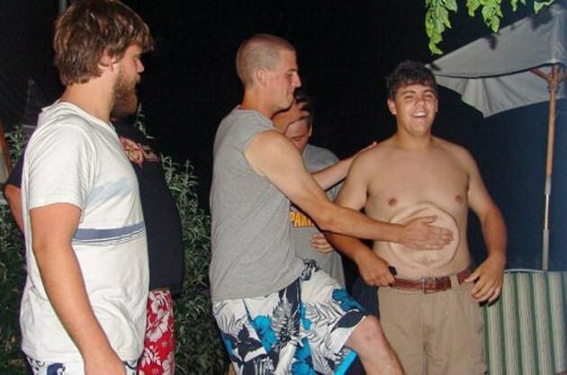 23 Perfectly Timed Photos of the Moment Disaster Struck