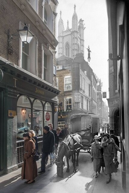 London Then and Now in Streetmuseum App