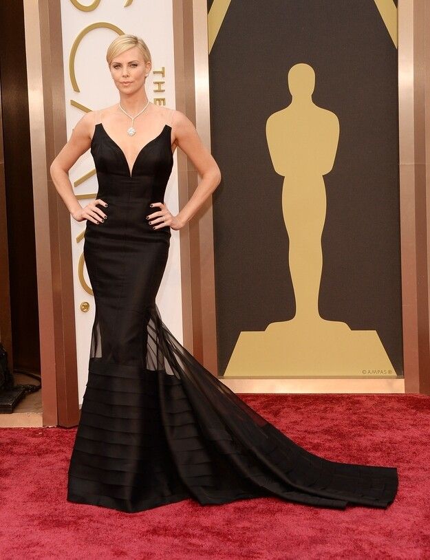 Fashion On The 2014 Academy Awards Red Carpet