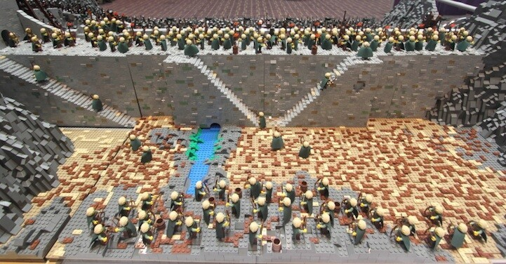 Over 150,000 LEGO Bricks Are Used to Recreate the Scene From LOTR
