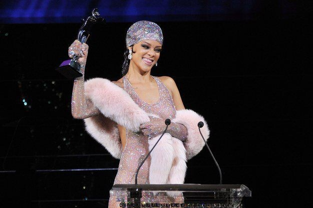 Rihanna Showed Up Flawlessly Naked To The CFDA Awards