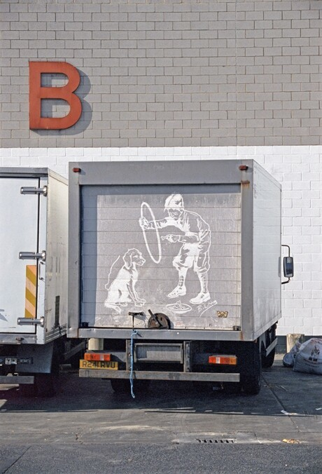 Dirty Freight Trucks Become Canvases for Beautifully Detailed Drawings
