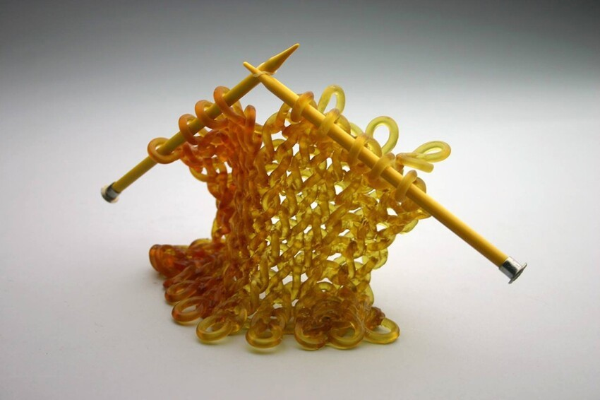 "Artist ""Knits"" With Glass To Create Incredible Sculptures"