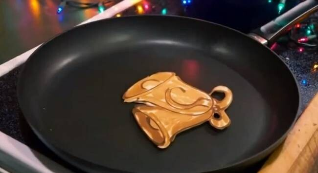 What This Creative Man Can Do With Pancakes Is Magically Delicious