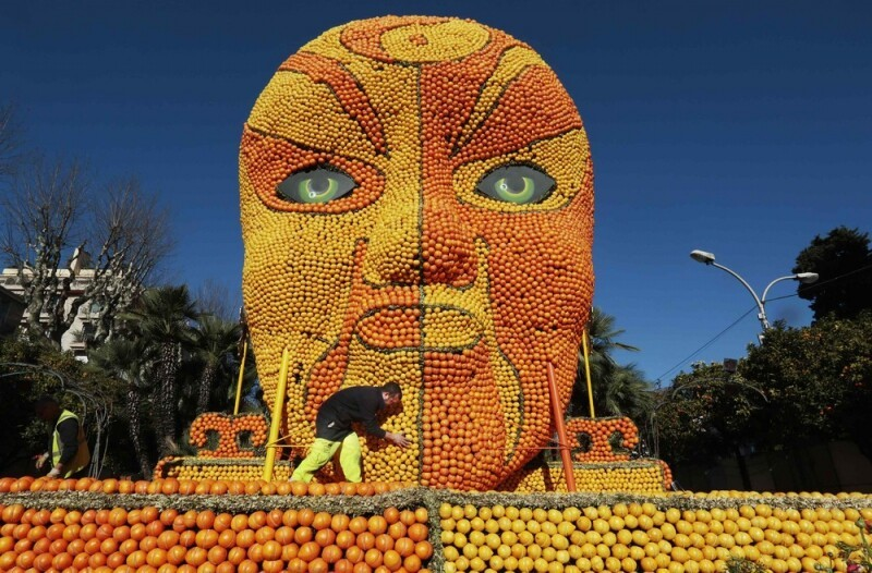 The 82th Lemon Festival in France