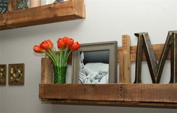 Turn reclaimed pallets into practical shelving.