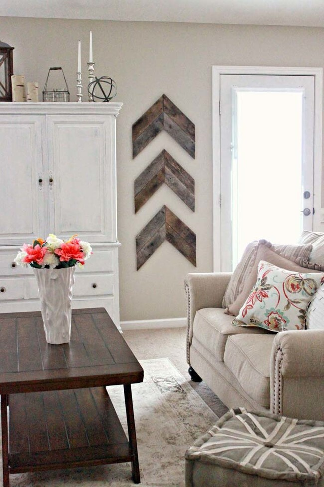Cut reclaimed wood into arrow shapes and hang them on the wall for clean, yet rustic home decor.