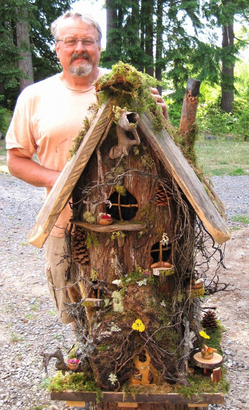 17. The Large Gnome Home