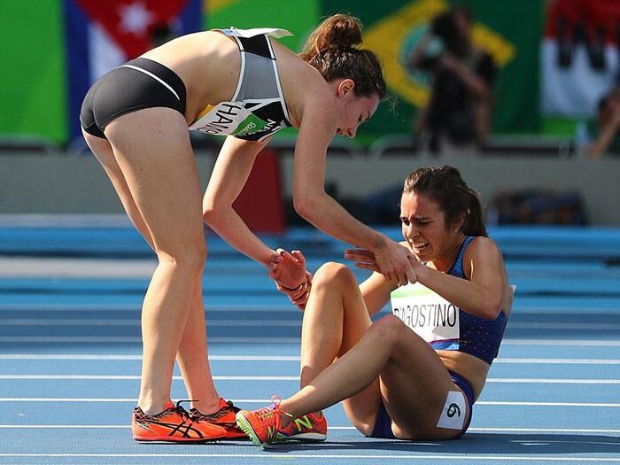 Yesterday, runners Abbey D'Agostino (USA) and Nikki Hamblin (New Zealand) left the world touched during the women's 5,000-meter event in Rio