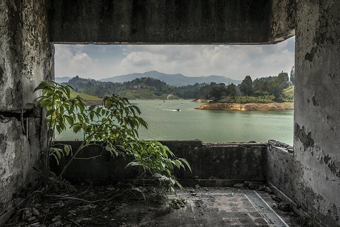 Pablo Escobar's Abandoned Mansion Is Turned Into A Paintball Arena, And It's Pretty Spooky