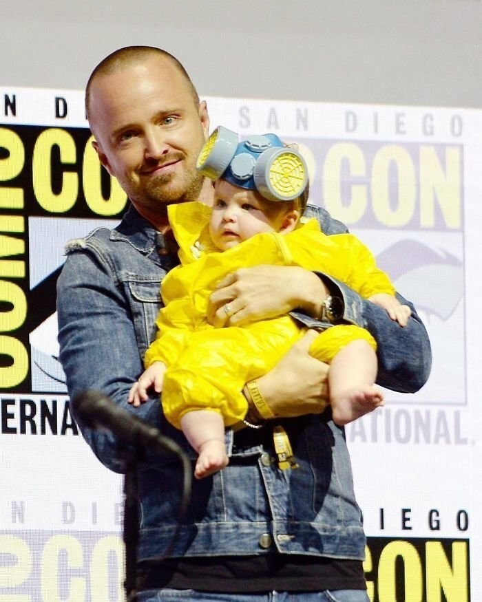 #9 Aaron Paul's Daughter Story Annabelle Paul In A Breaking Bad Cosplay