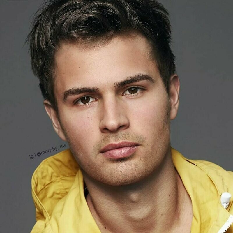 #24 Theo James & Ansel Elgort