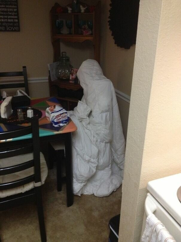 #8 My Wife Tossed A Comforter On A Chair To Dry, I Nearly Had A Heart Attack