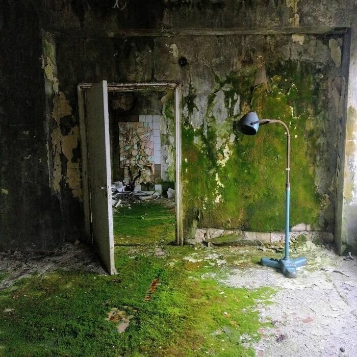#13 The Buildings In Pripyat Have Not Received Maintenance For More Than 30 Years, Here In The Hospital The Dereliction Is Obvious
