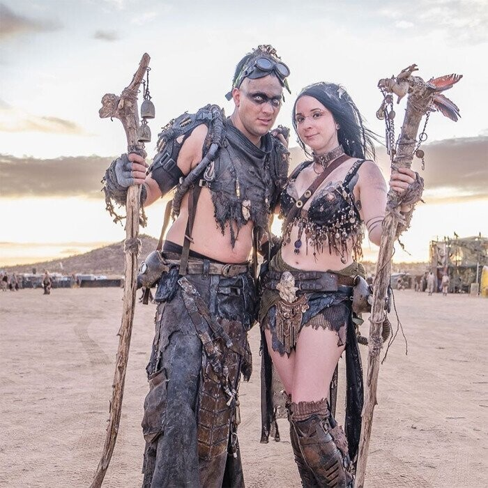 30 Apocalyptic Pics From The 'Wasteland Weekend' Where Costumes Are Mandatory