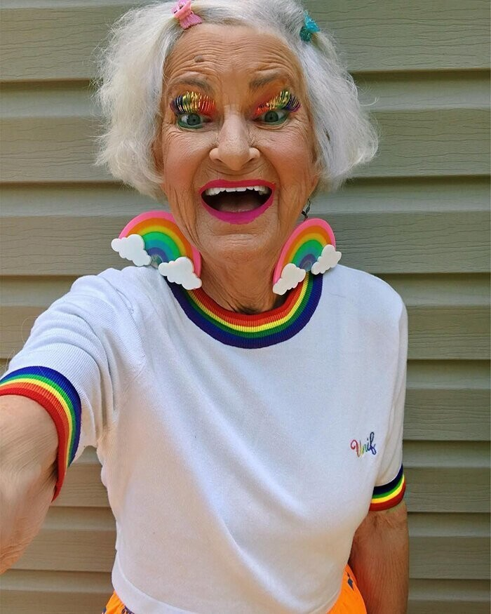 "Meet Baddie Winkle, A 92 Y.O. Stylish Grandma Who ""Is Stealing Your Man Since 1928"""