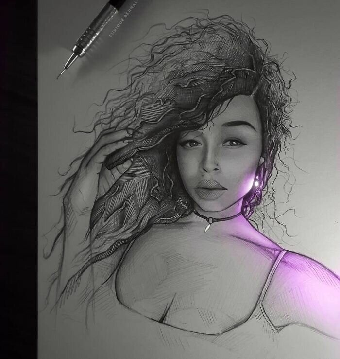 Artist Makes His Pencil Drawings Glow With Life, And They're Mesmerizing