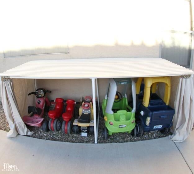 39. Сделайте мини-гараж для детских машинок